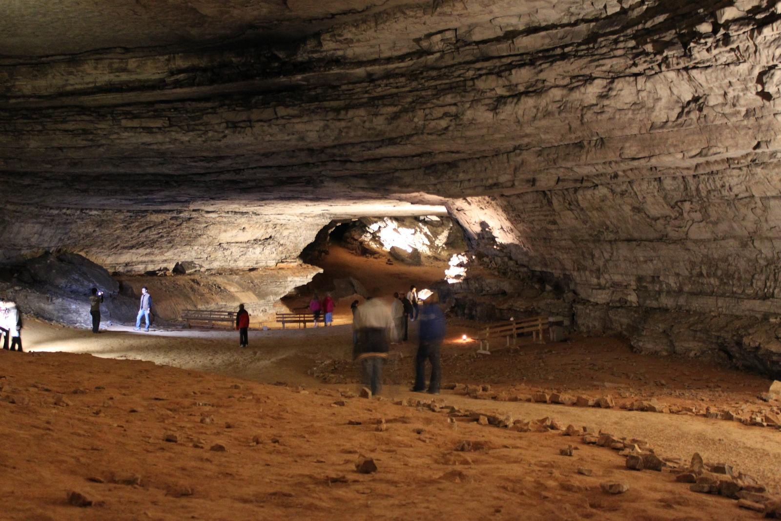 Мамонтова пещера. США