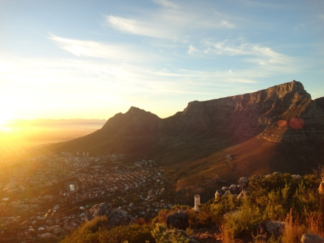 Sunrise from Lionshead, with Cape Town and Table Mountain basking in the morning light