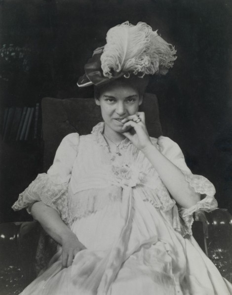 Elsie May Grosvenor in 1901. Photo by Gilbert H. Grosvenor.