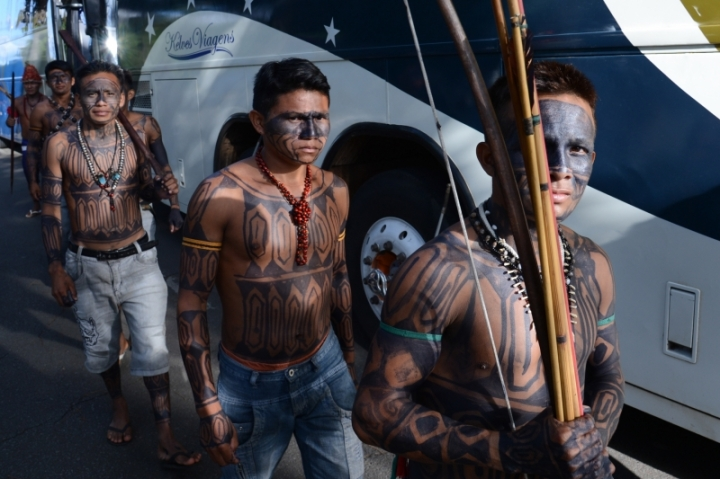 Members of the Munduruku community, seen here in 2013, have protested the São Luiz do Tapajós dam project since its inception. The project was suspended this week. Photograph by Fabio Rodrigues Pozzebom/Agência Brasil, courtesy Wikimedia. CC-BY-3.0