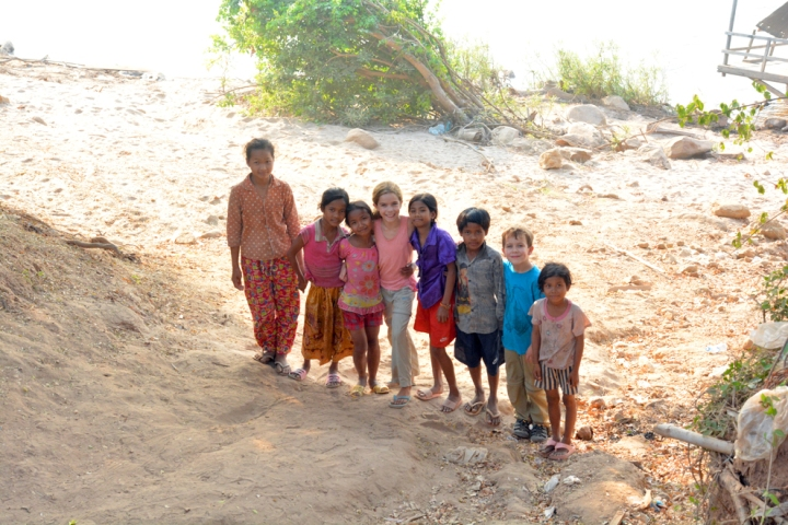Making-friends-in-Cambodia
