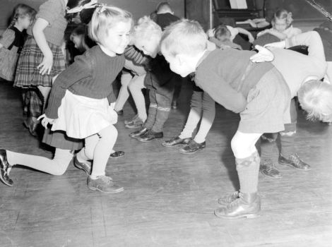 children-_rosedale_school_-_nora_price_ian_grant_banq_vieux-montreal_p48s1p08740