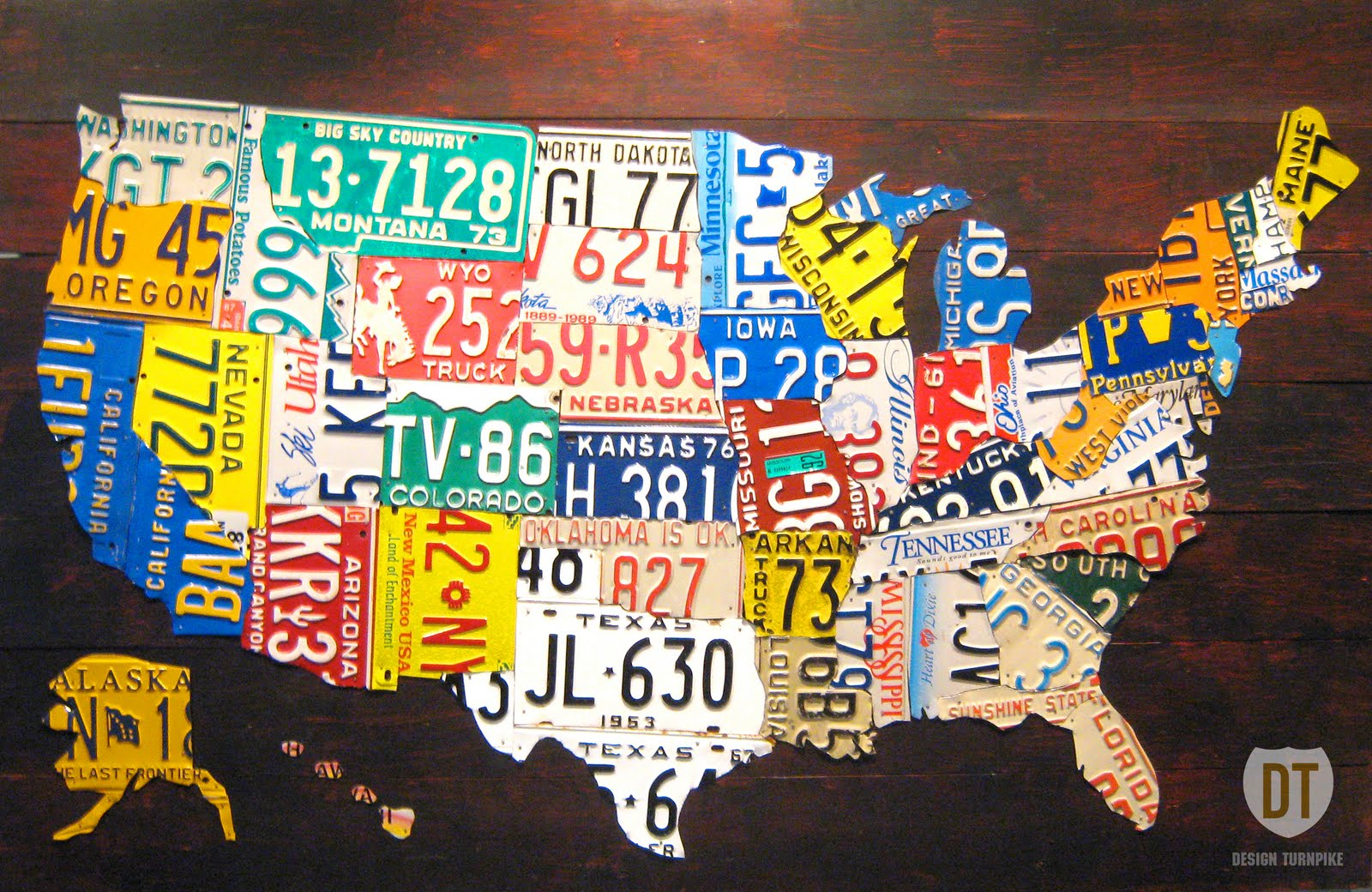 This Clic Map Uses State License Plates To Differentiate State Boundaries